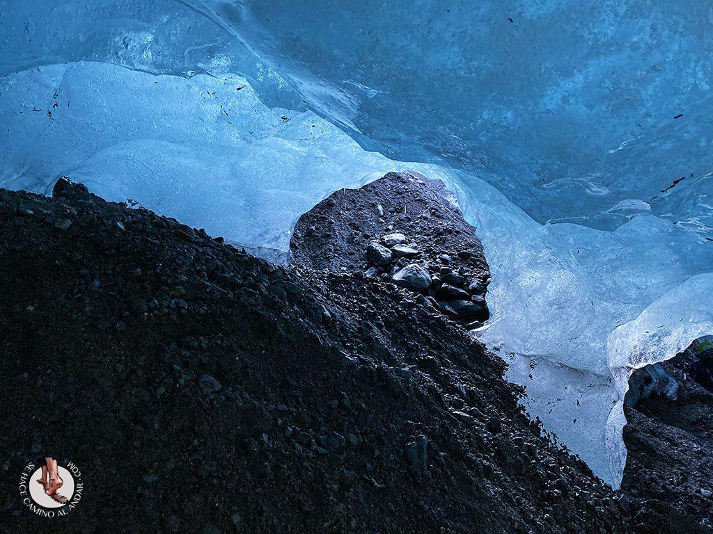 Cueva hielo Virkisjokull Islandia columnas