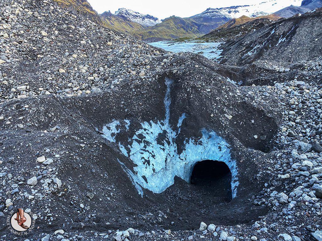Cueva hielo Virkisjokull Islandia entrada