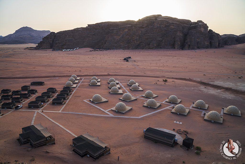 Dormir en el desierto de Jordania haima aerea