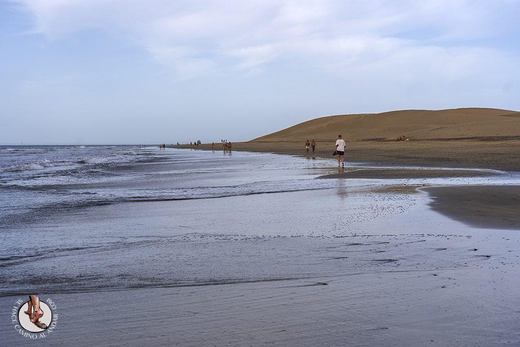 Dunas de Maspalomas desierto Gran Canaria playa paseo