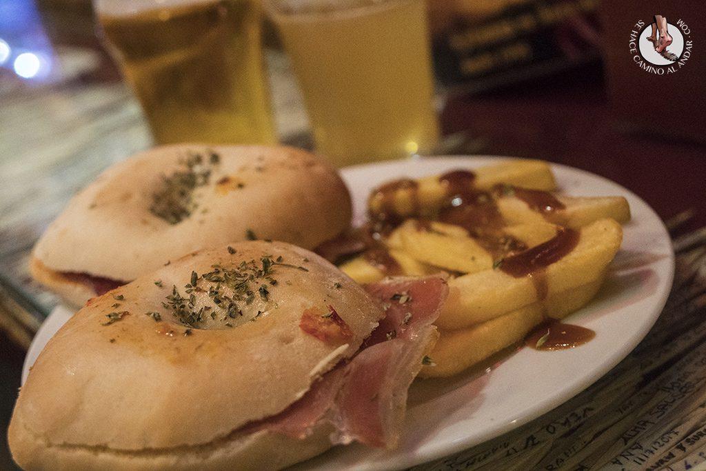 La Antigualla donuts relleno jamon Tapas de Granada