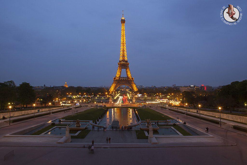 Miradores de Paris Jardines Trocadero noche