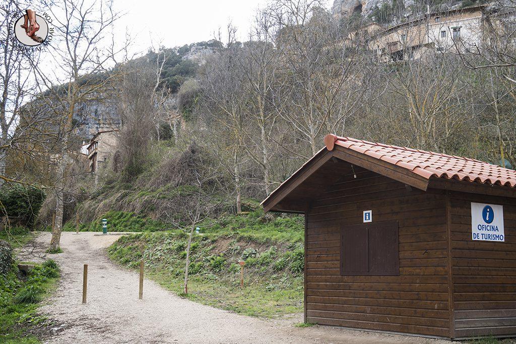 Orbaneja del Castillo oficina turismo parking