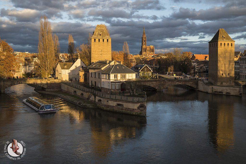 Organizar un viaje a Alsacia en Navidad Estrasburgo puentes cubiertos