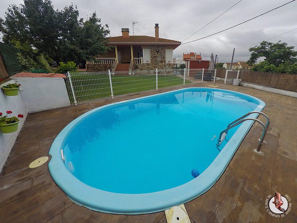 Piscina Casa Rural Los Nogales El Redal
