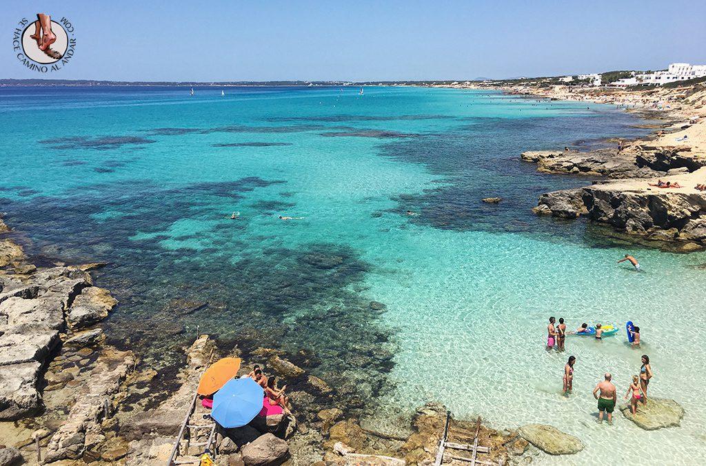Playa Formentera Calo des Mort agua