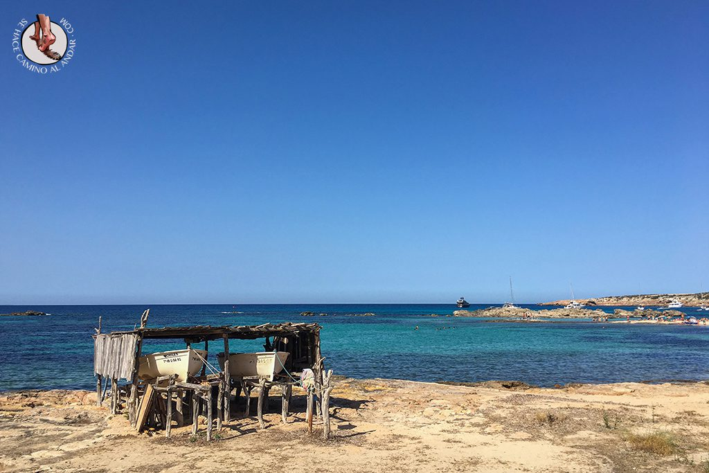 Playa Formentera Es Pujols barco