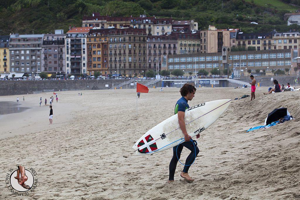 Playa San Sebastian surf