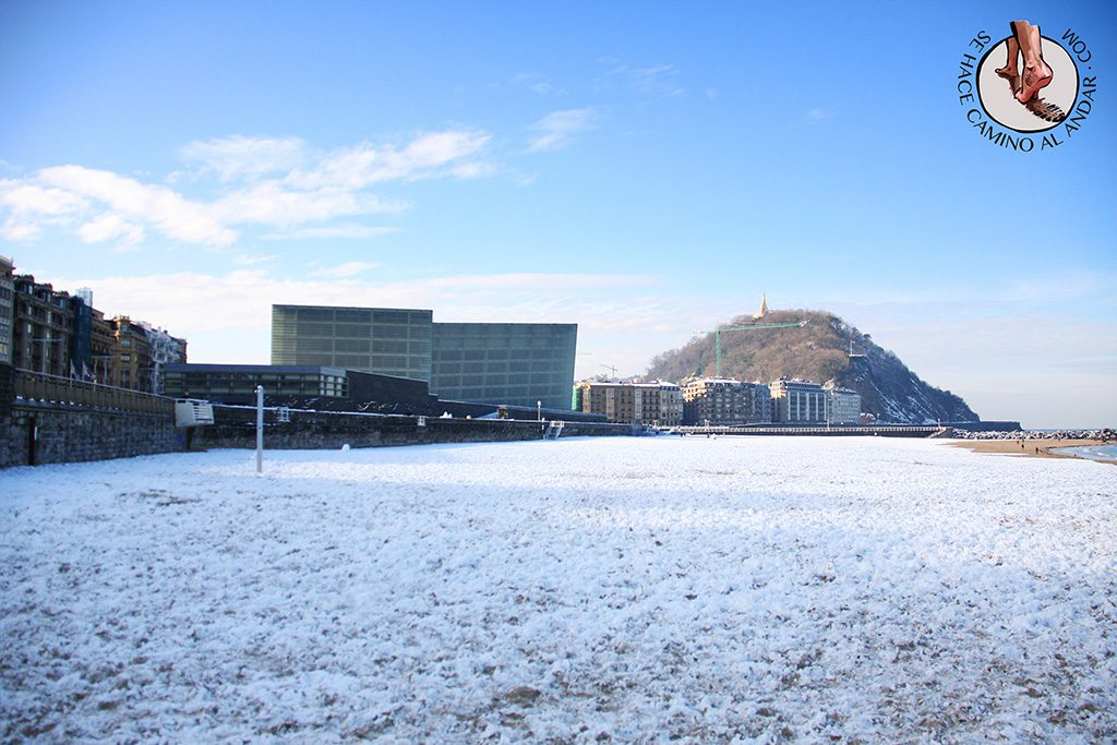 Playa Zurriola nevada