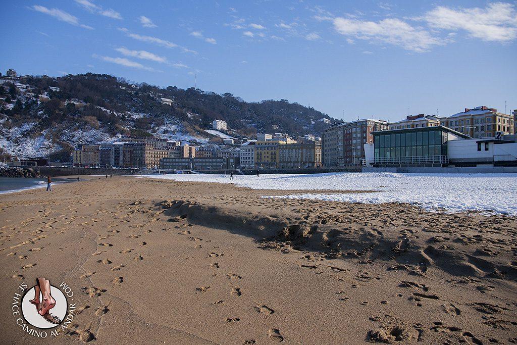 Playa Zurriola nieve