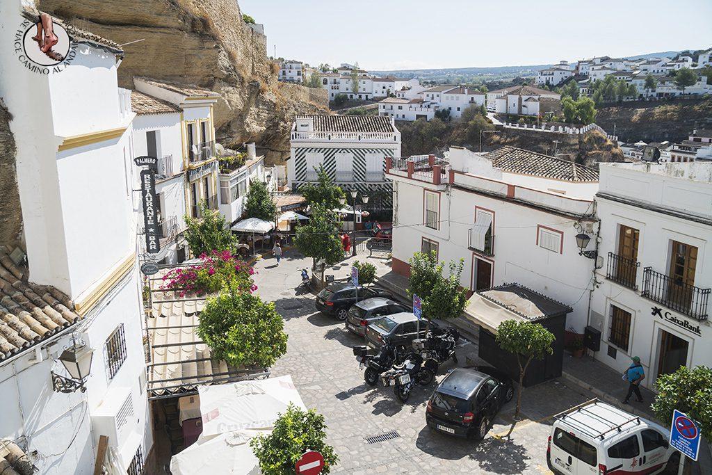 Plaza Andalucia Setenil de las Bodegas