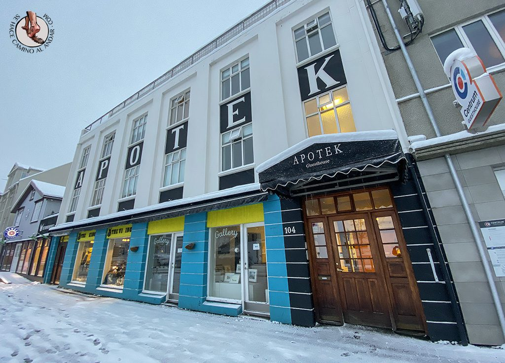 Presupuesto Islandia Apotek guesthouse exterior