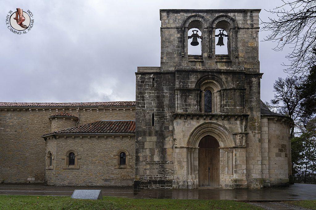 Santuario de Nuestra Senora de Estíbaliz portada Speciosa entorno de Vitoria-Gasteiz