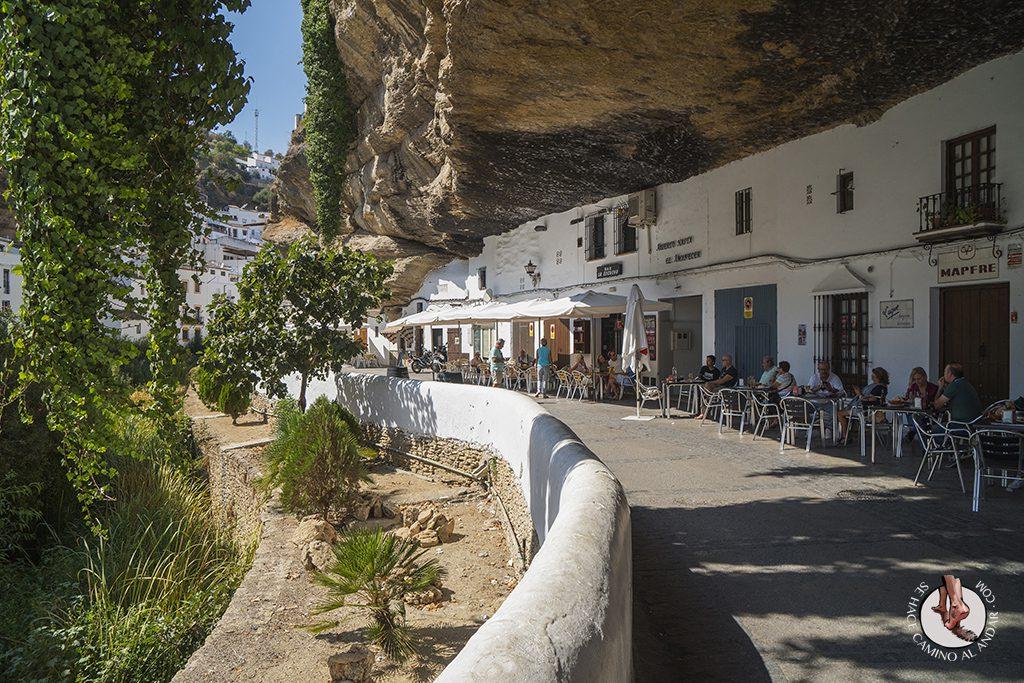 Setenil de las Bodegas un pueblo incrustado en la roca