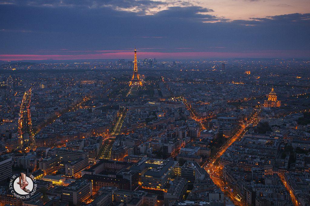 Torre Eiffel Montparnasse hora azul