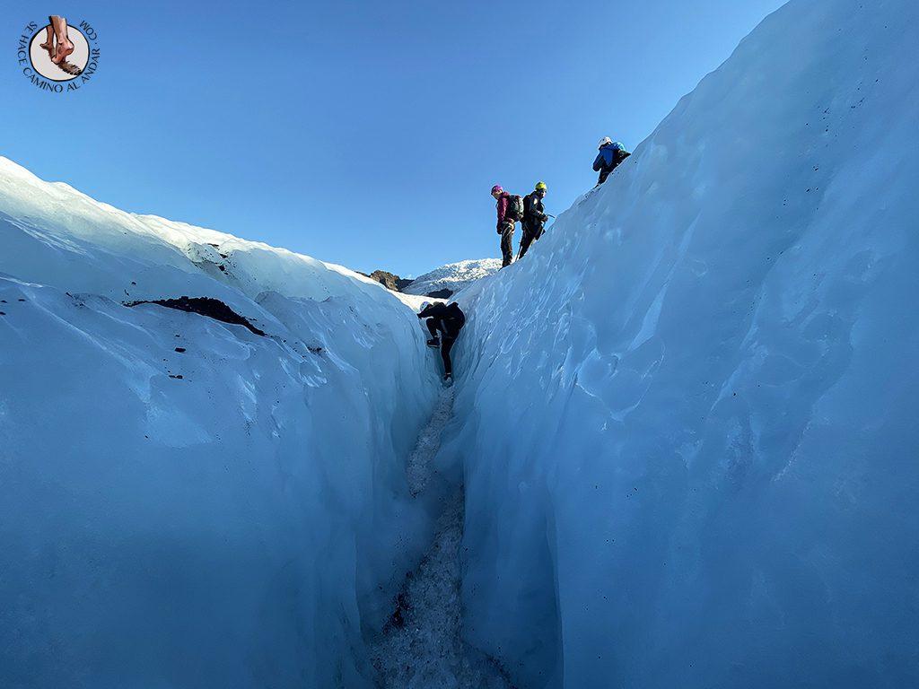 Trekking-glaciar-Falljokull-crater-vista