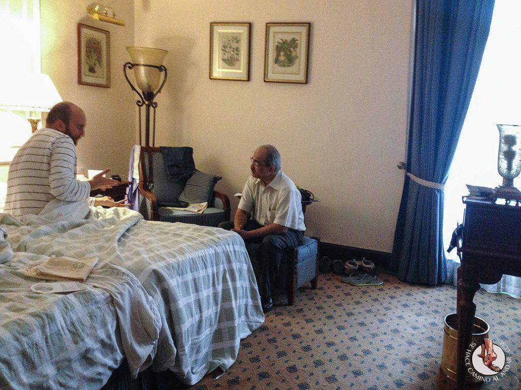 Visita medico del seguro al hotel de Calcuta