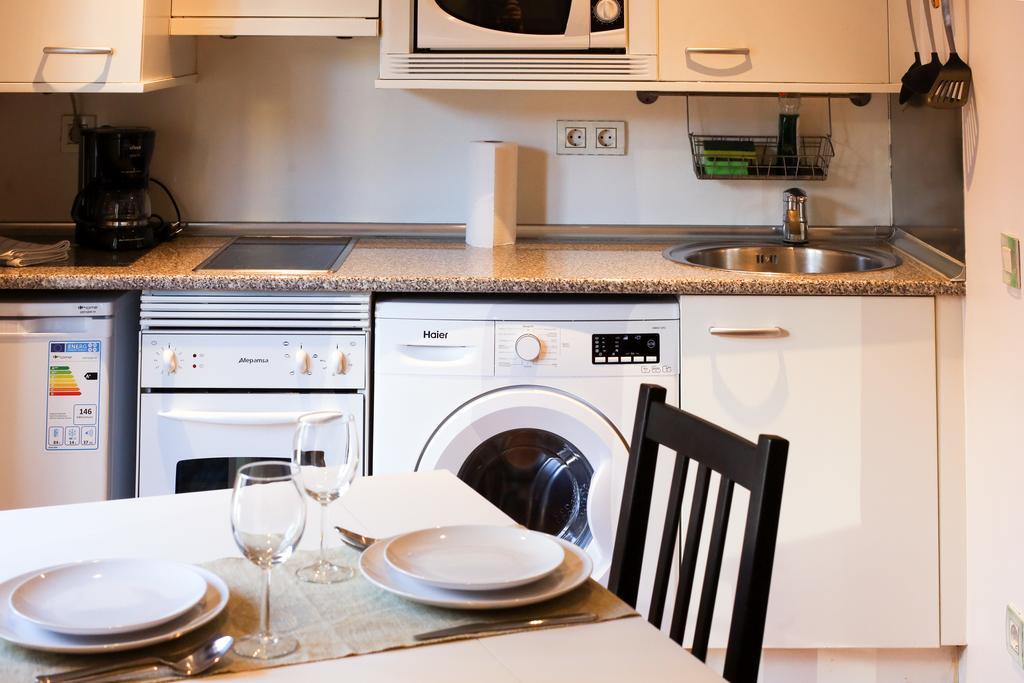 alojamiento madrid apartamentos cruz cocina