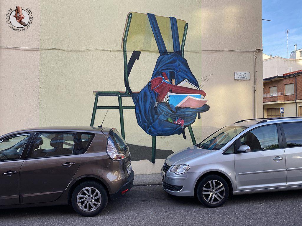 arte urbano zamora silla colegio