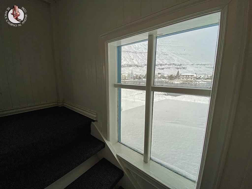 dormir en seydisfjordur hotel snaefell vistas