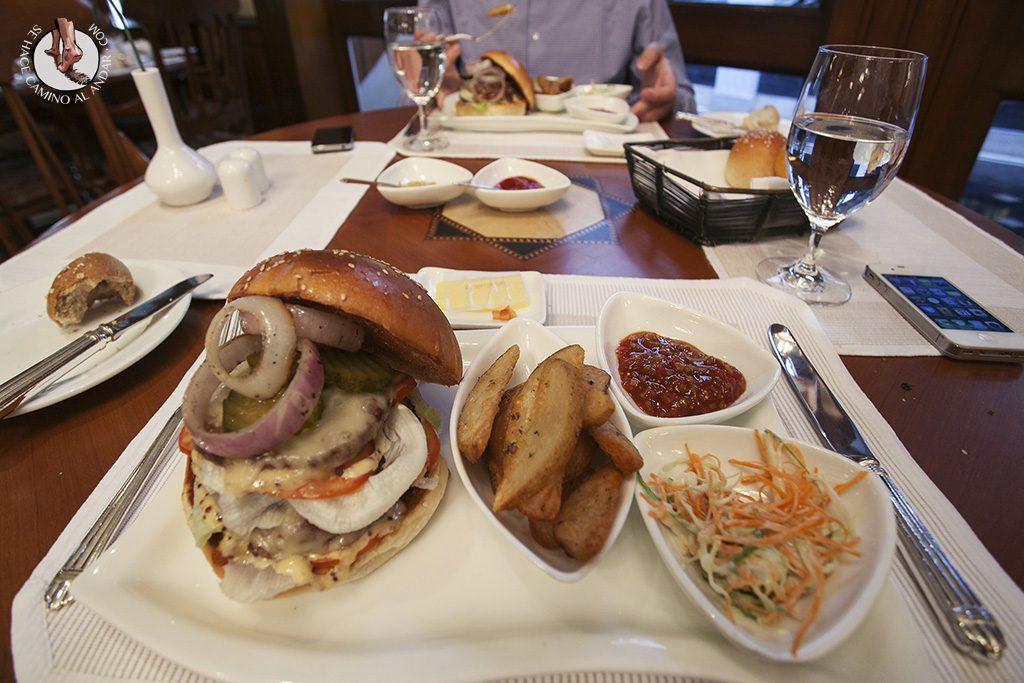 hamburguesa ternera hotel oberoi calcuta