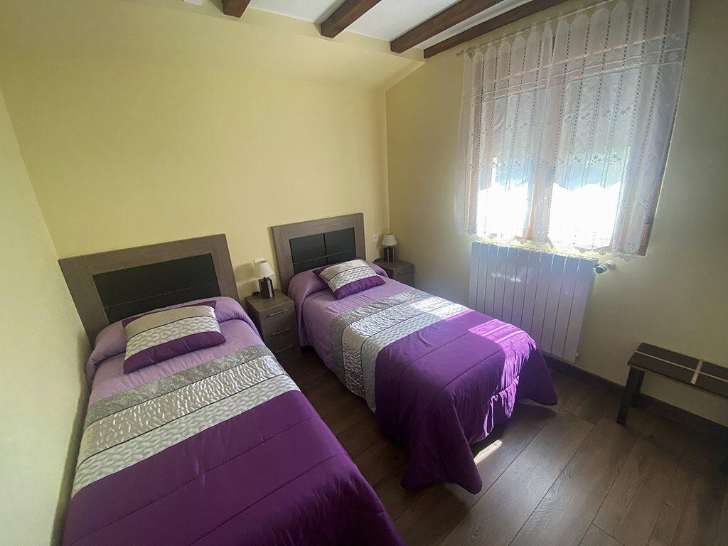 la mortera habitacion camas individuales