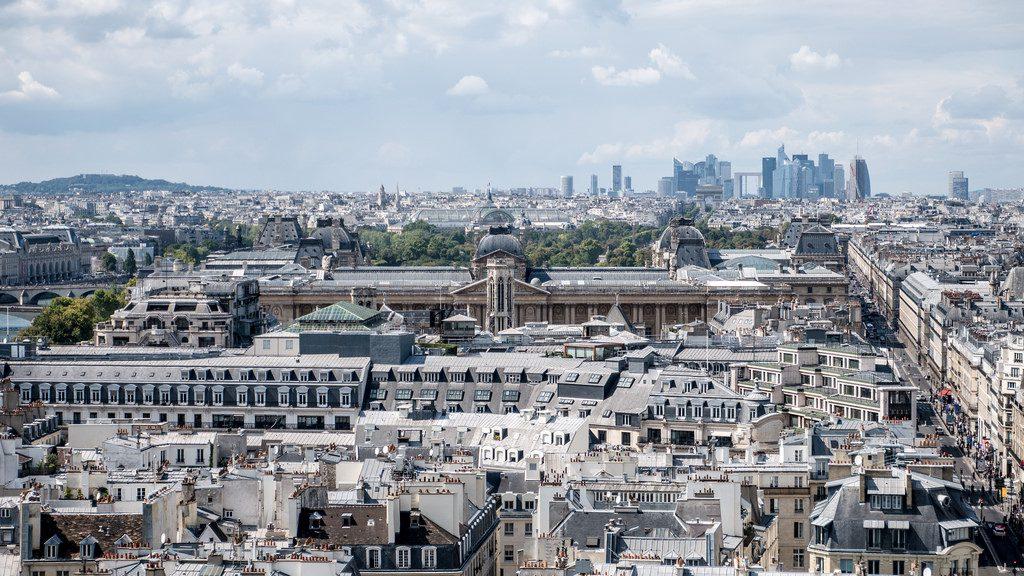 Le musée du Louvre vu de la Tour Saint-Jacques
