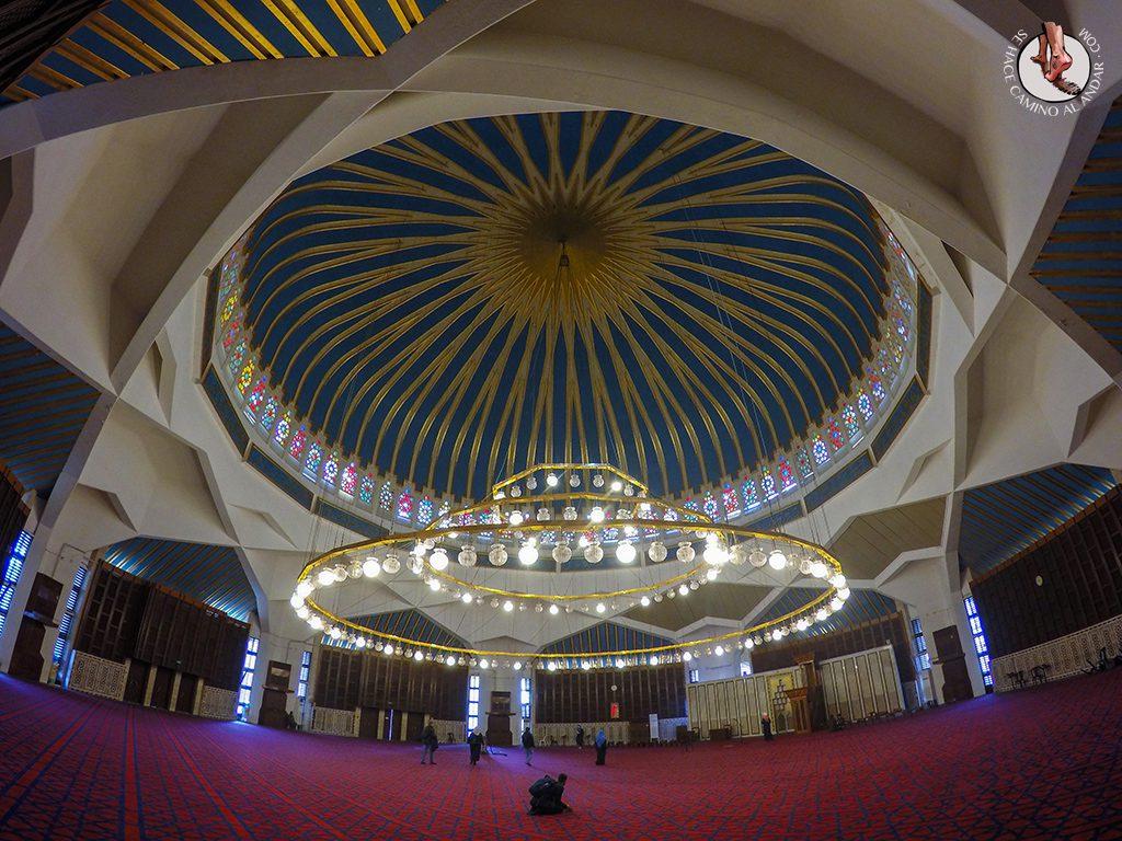 organizar viaje a jordania amman mezquita abdala interior