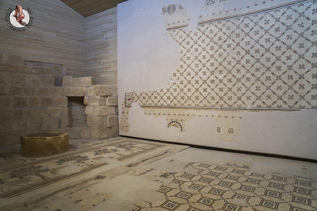 organizar viaje a jordania monte nebo iglesia memorial moises mosaicos