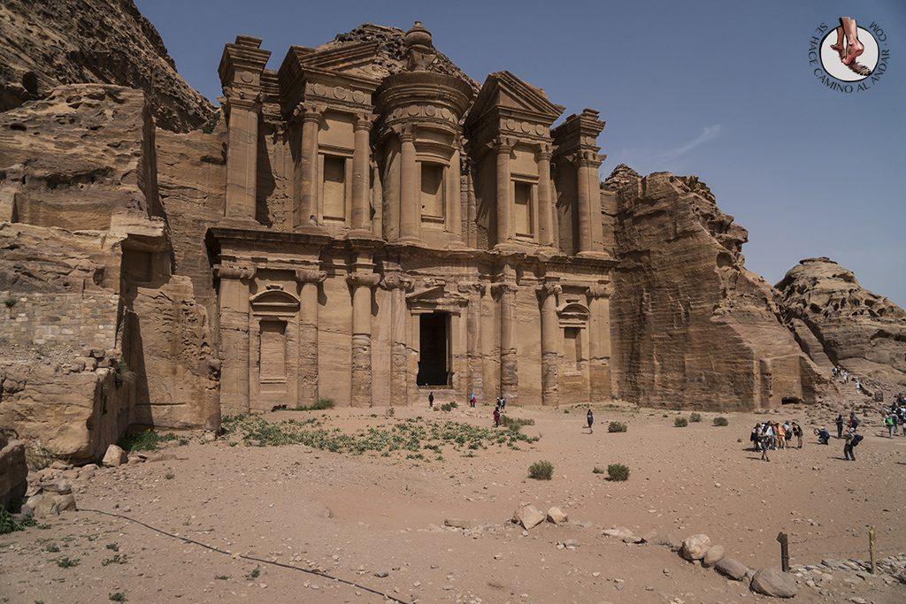 organizar viaje a jordania petra monasterio