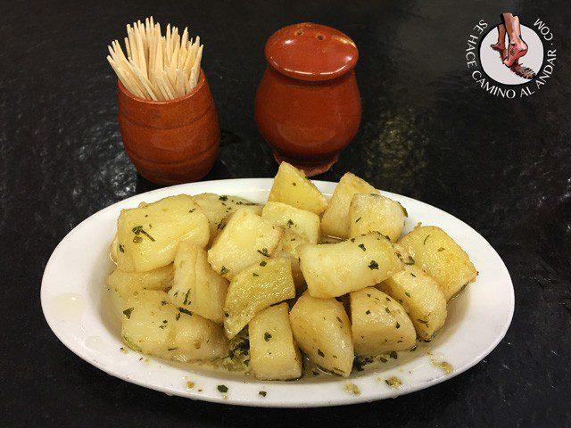 pintxos de donostia ciaboga patatas al ajillo