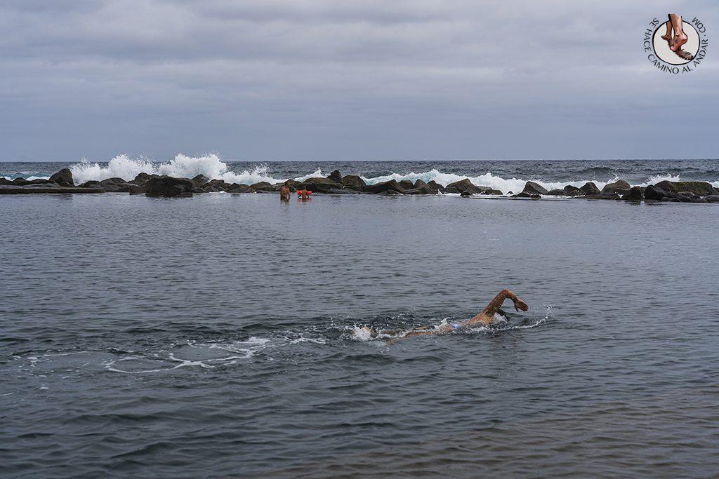 piscinas naturales los charcones nadar