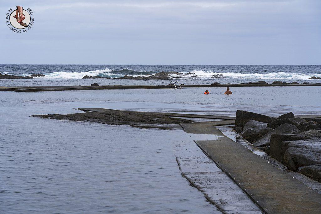 piscinas naturales los charcones olas