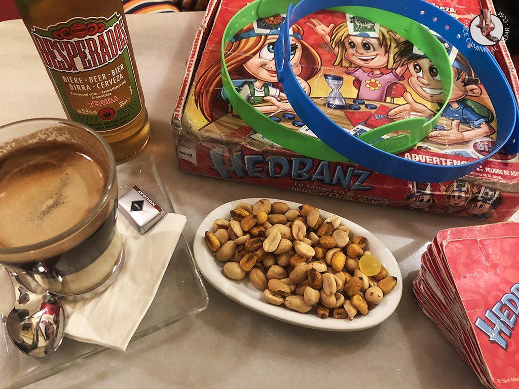 que comer en madrid cafe manuela juegos de mesa