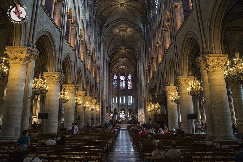 que ver en paris catedral notre dame pasadizo