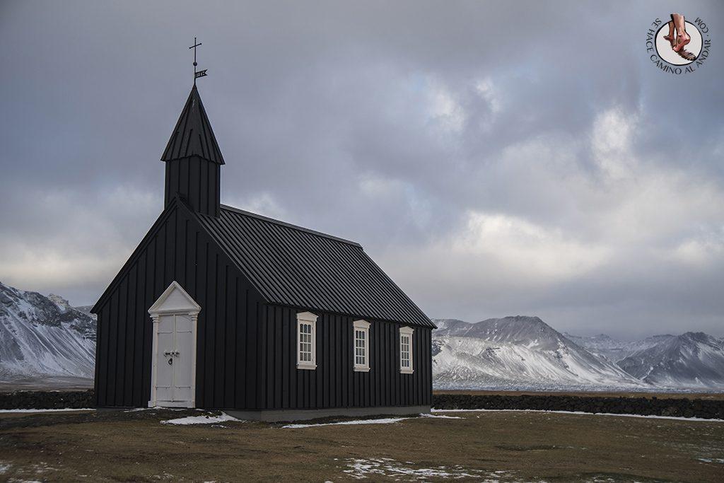 ring road 7-7 Buoakirkja iglesia negra
