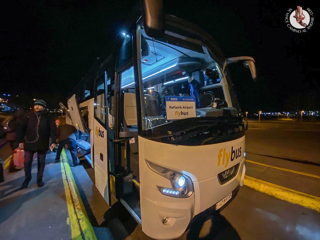 viajar a Islandia autobus aeropuerto
