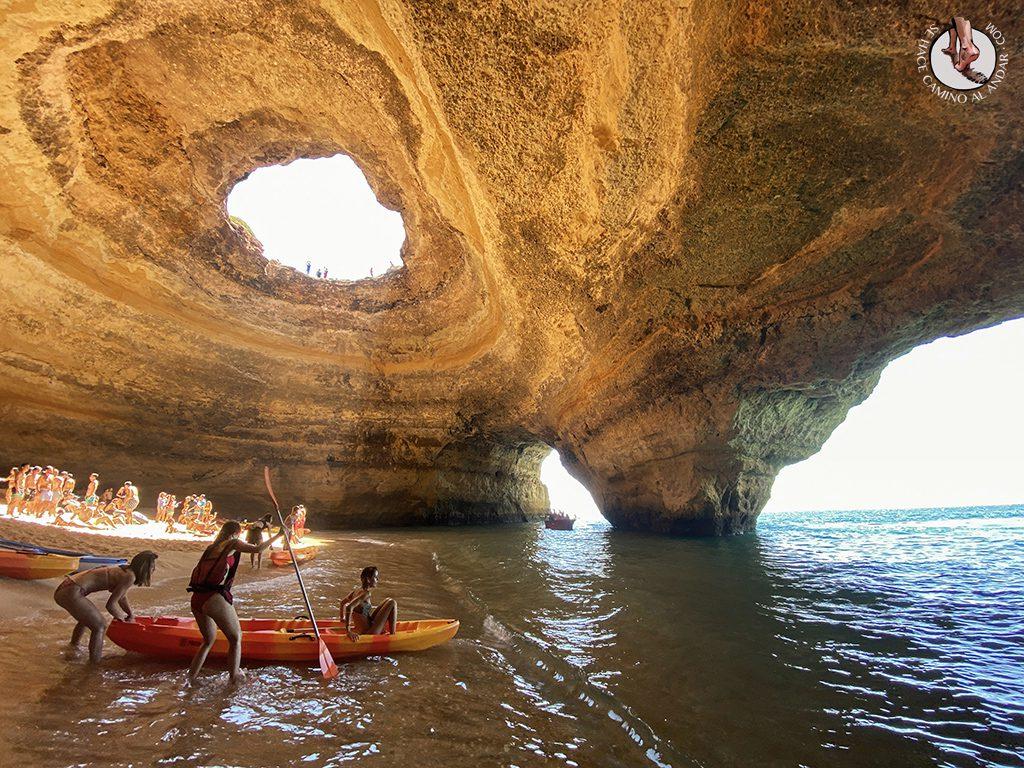 visitar algarve cueva benagil kayak