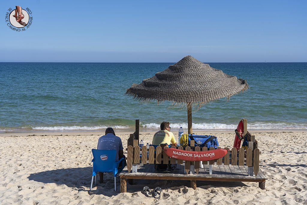 visitar algarve praia culatra socorristas