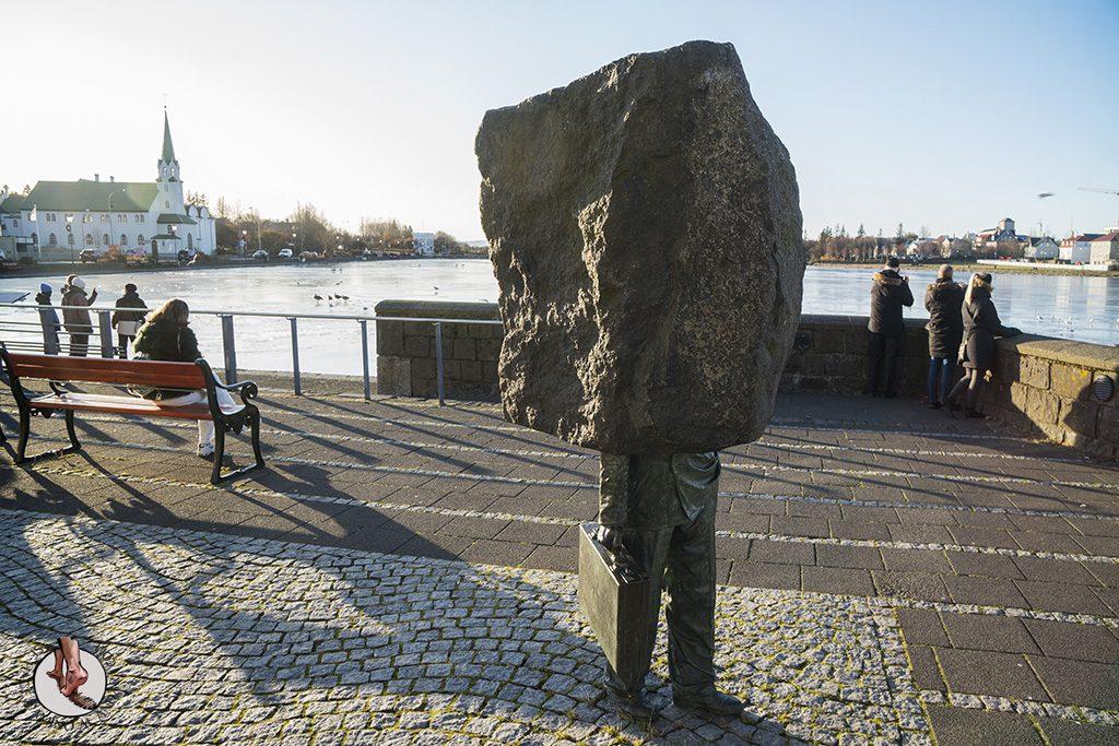 visitar reikiavik 1 dia Monumento al burocrata desconocido